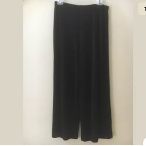 Chicos Travelers Size 2 Cropped Wide Leg Pants